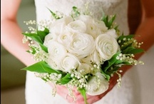 White Flowers / White floral inspiration for weddings, events & decor.  / by The Bride's Cafe