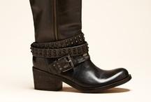 Fall Boots / by Alyssa Boisson