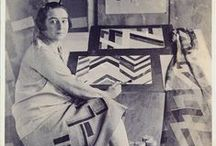 Sonia Delaunay / Sonia Delaunay (1885 – 1979) was a Ukrainian-born French artist and designer. She, along with her husband Robert and others, pioneered the Orphism art movement, noted for its use of strong colours and geometric shapes. She was the first living female artist to have a retrospective exhibition at the Louvre.