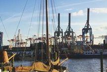 Hamburg Guides / | Gruppenpinnwand | Hamburg hat SO viel zu bieten: Für Touristen auf der Reise & auch für uns Locals! Wir wollen uns allen und dem Rest der Welt helfen, Hamburg im ganz eigenen Stil zu erleben & gemeinsam mit Euch alle Hamburg Guides sammeln, die uns zu unter den Finger kommen: Food, Shopping, Wellness, Frühstück, Dinner, für Lau oder Luxus. Wer Bock hat mit uns den größten virtuellen Pool an Hamburg Tipps zu kreieren, sende uns bitte seinen Profil-Link und -Namen an hamburg@mitvergnuegen.com