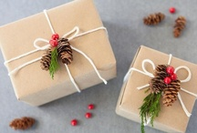 {Holiday Gift Wrap Ideas}