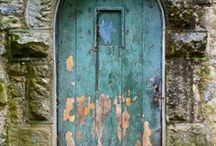 Entrance / Colorful doorways located around the world