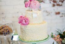 Cake Designs / by Nati