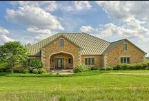 Curb Appeal / Curb Appeal provides great ideas for how to make the most of your home's appearance.