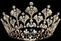 Crowns and tiaras with diamonds / The ultimate royal regalia