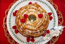 bundt cakes / by La Bella Vita Cucina | Roz Corieri Paige