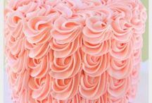 Piping Techniques and Textured Techniques for Cake Decorating / Beautiful Cakes and Cupcakes that feature buttercream texture or piping