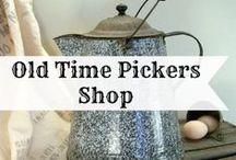 Old Time Pickers Shop / Vintage Farmhouse Decor