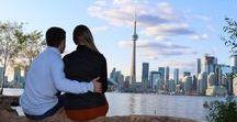 Toronto | Canadá / Toronto é a maior cidade do Canadá e a quarta maior cidade da América do Norte. Banhada pelo Lago Ontário, é um destino multicultural, polo industrial e centro financeiro do Canadá.