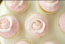 Cupcakes / by Piccoli Elfi
