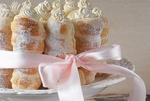 Pastries & Tarts / by Piccoli Elfi