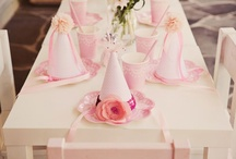 Party Hats / by Piccoli Elfi