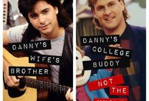 Full House Fanatic / Calling all Full House fanatics! Get your Danny, Uncle Jesse, Joey, DJ, Michelle and Comet Tanner fix here!