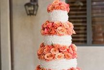 Wedding Cakes Galore / by Edith Mnz
