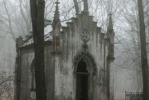Spooky Beauty / There can be beauty in something that frightens you. Gothic art and graveyards are examples of Beauty with a touch of dark   http://hauntedrealities.com/