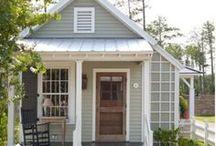 Tiny House Dreaming / Tiny house design, decor, and space-saving ideas.