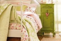 * Awesome shabby chic *