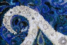 Rug Hooking Kits by Deanne Fitzpatrick / These kits are available at www.hookingrugs.com