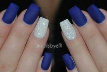 Nails. / Unghie.