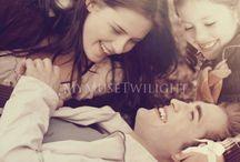 Twilight saga. / Twilight, New Moon, Eclipse, Breaking Down.