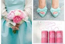 Pink & Blue Wedding Inspiration / Pink & blue can be vintage or va va voom! Here are some great ways to incorporate the colors into your wedding palette.