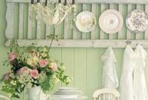 Shabby Happy / Shabby Chic