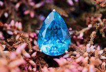 Stunning Blue Topaz and Diamond White Gold Ring Size 5 J-K