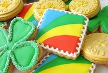 Cookie Art / Beautifully, artistically decorated cookies.