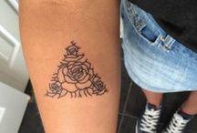Tatuajes / Aquí puedes encontrar ideas para tu próximo tatuaje. No importa el estilo que prefieras: minimalista, moderno, en color, old school, geométrico.
