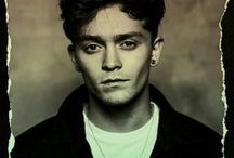 Connor Samuel John Ball / Connor Bassist of The Vamps. Pics, on stage, singing, wallpapers, GIFs, photoshoots