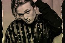 Tristan Oliver Vance Evans / Tris is the Drummer of The Vamps. Pics, on stage, wallpapers, GIFs, photoshoots