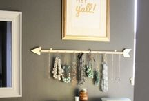 Jewelry Display & Organization