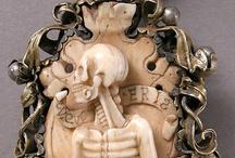 wunder pirate's treasure / skulls, sirens, diamonds, pearls, gold... / by Alfred Drago Rens
