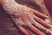 Henna tatoos / Henna is a pleasant crowd. With this product you can paint different patterns on your hand