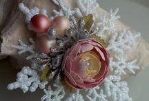 """DIY Christmas ornaments! / by Margie """"T""""...for TIME spent on Pinterest!!!"""