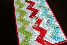Quilterest - Toppers, Runners & Wall Hangings / Ideas, patterns, and inspirations for quilted Table Runners and Toppers and Wall Hangings.  / by Teri Stillwell