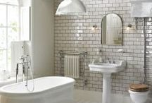 Traditional Pottery Suites / At Buildbase, we have over 28 beautifully crafted bathroom ranges from modern to traditional collections, to make your choice simple and easy. You'll find high-quality bathroom suites, showers, furniture, taps and everything else you need to create the perfect bathroom at the right price