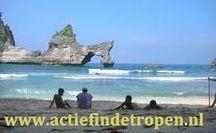 Nusa Penida, tropisch eiland onder Bali / overnachten bij locals, hun alledaagse leven meemaken en ervaren, trekkings en brommertochten in het ruige achterland, bijwonen van hun ceremonies en rituelen, genieten van de paradijselijke strandjes