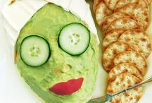 Kinderrezepte - Mit Kindern kochen und dekorieren / Kochen mit Kindern - und für Kinder - macht Spaß und das Auge isst mit! Leckere Rezepte und lustige Ideen, wie man mit essen so spielen kann, dass es auch gegessen wird!