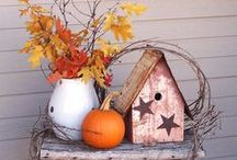 The Crisp Fall Air / Look on for all your fall season inspiration including Thanksgiving cards, pumpkins, place settings, and more.