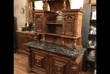Antike Historische Möbel