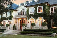 Dream House / Romantic, artsy, sparkling, beautiful, beaux arts, old world homes, pools, white homes, gardens, southern homes, woodwork, estate. / by Lynnae Pulsipher
