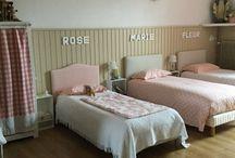 chambre d'enfants , et dortoirs