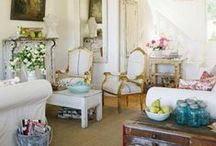 For the Home: Living Room / by Courtney Price I Glamour Avenue Parties