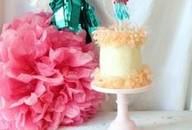 DIY Cake Options / by Courtney Price I Glamour Avenue Parties