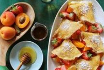 Sweets & Treats / by Keilah Banegas
