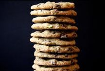 Recipes to try - Baking - The cookie monster / Cookies and crackers! / by Blanca Oliver