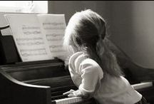 Piano Practice - Lessons and Tutorials For Beginners and Advanced Plus Free Sheet Music / by Christina Voilà