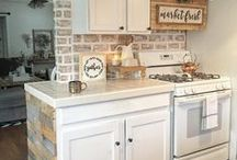 Kitchens / Kitchen, Kitchen Decor, Kitchen Decorating, Kitchen Decor Ideas, Kitchen Ideas, Kitchen Table Sets, Kitchen Tables, Kitchen Cabinet Ideas, Kitchen Design Ideas