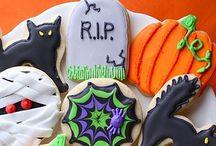 Halloween!  / by Caroline Edmondson